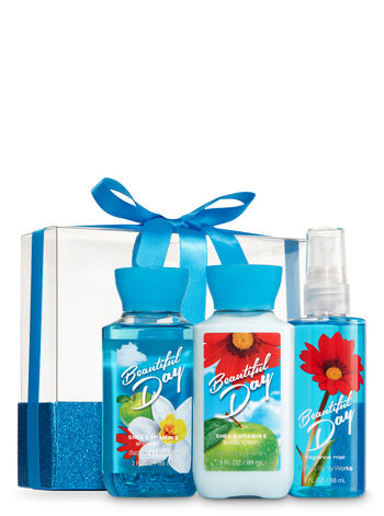 Signature Collection Beautiful Day Mini Wrapped with a Bow Gift Set - Bath And Body Works