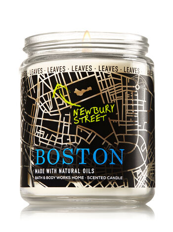Leaves Medium Candle - Bath And Body Works