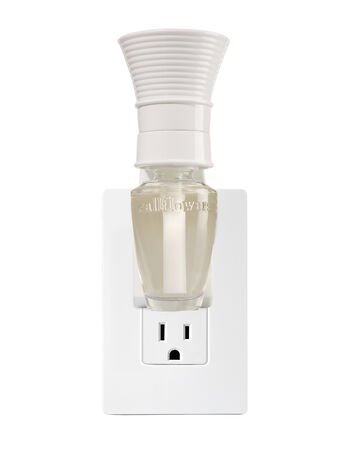 White Conical Wallflowers Fragrance Plug