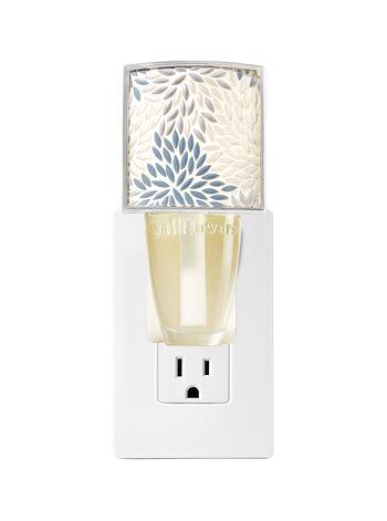 Petal Mosaic Nightlight Wallflowers Fragrance Plug