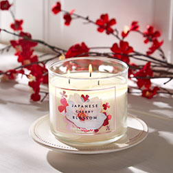 Japanese Cherry Blossom 3-Wick Candle - Bath And Body Works