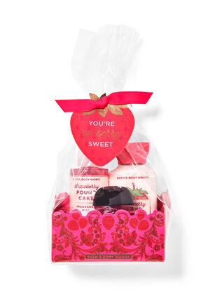 Strawberry Pound Cake Mini Gift Set