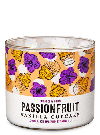 Passionfruit Vanilla Cupcake 3-Wick Candle - Bath And Body Works