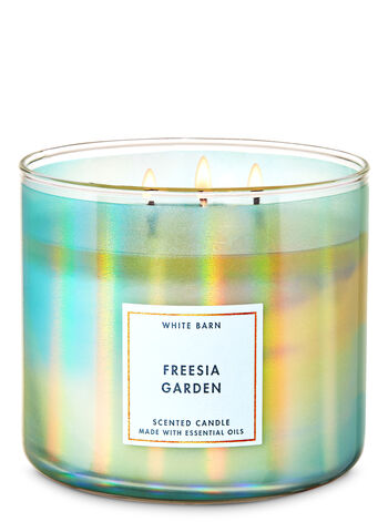Freesia Garden 3-Wick Candle - Bath And Body Works