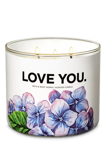 Fresh Cut Lilacs 3-Wick Candle - Bath And Body Works