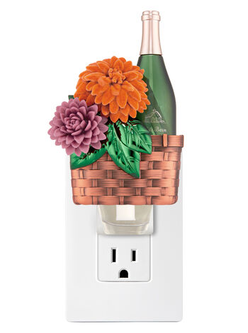 Wine Basket Wallflowers Fragrance Plug