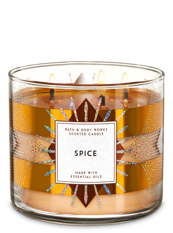 White Barn Spice 3-Wick Candle - Bath And Body Works